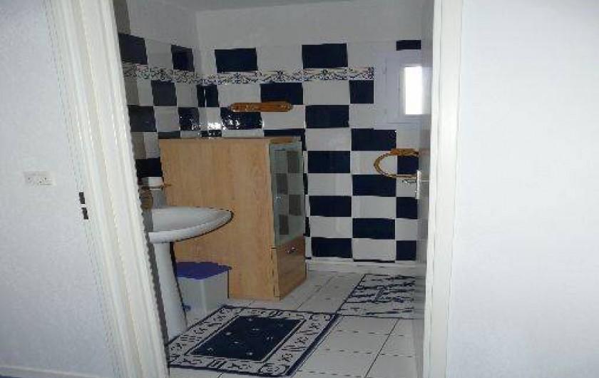Location de vacances - Villa à Vaison-la-Romaine - la salle de bains
