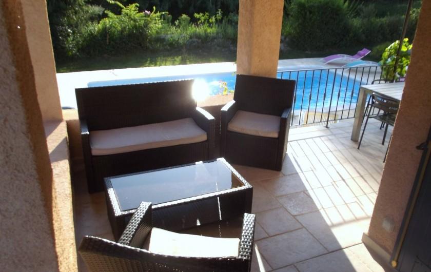 Location de vacances - Villa à Salernes - Terrasse 2 avec salon