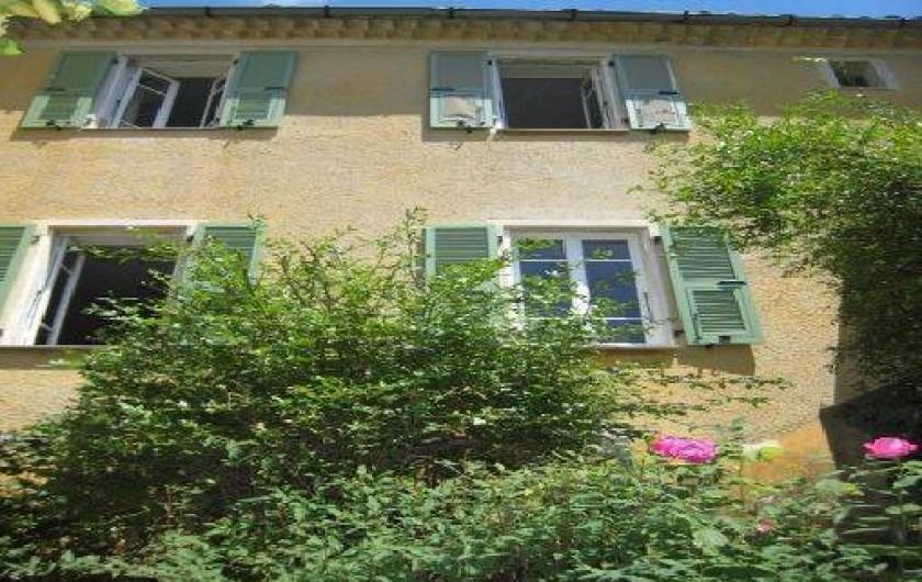 Location de vacances - Maison - Villa à Berre-les-Alpes - vue extérieure de la maison