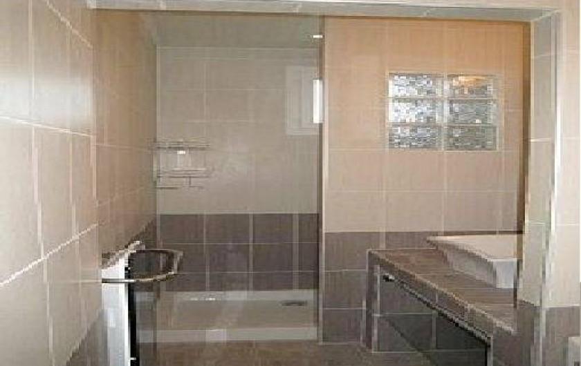 Location de vacances - Maison - Villa à Berre-les-Alpes - la salle d'eau