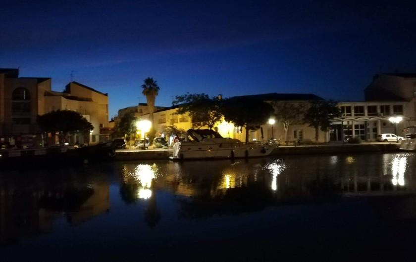 Location de vacances - Péniche à Frontignan - RETOUR NOCTURNE A NOTRE APPONTEMENT A FRONTIGNAN