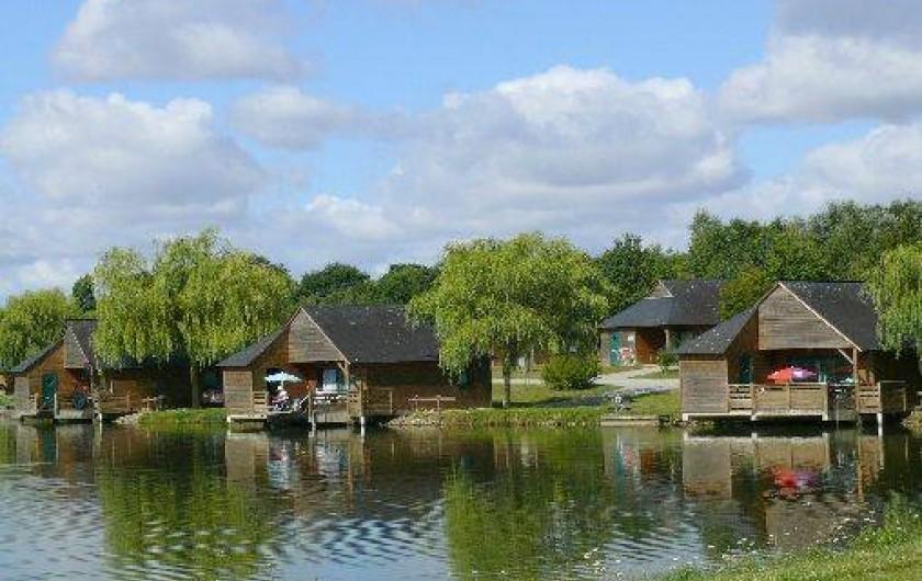 Location de vacances - Chalet à Villiers-Charlemagne - Vue d'ensemble des chalets