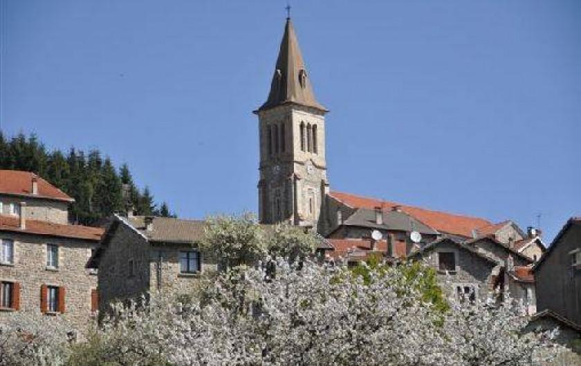 Location de vacances - Gîte à Rochepaule - Place de l'Eglise