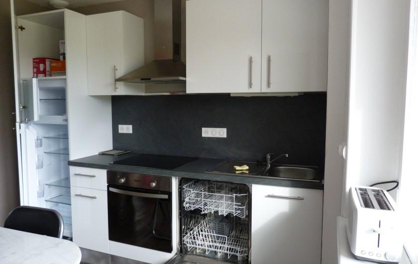 Location de vacances - Appartement à Granges-sur-Vologne - lave vaisselle, réfrigérateur-congélateur,four, plaque induction,