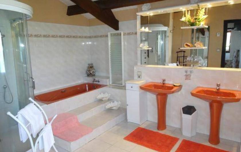 Location de vacances - Maison - Villa à Venes - Salle de bain et douche