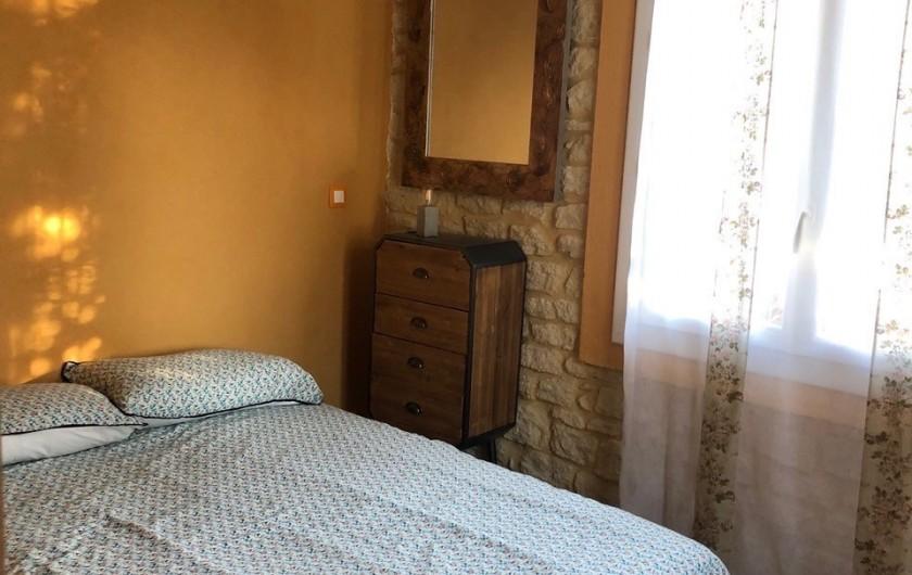 Location de vacances - Gîte à Pernes-les-Fontaines - une  des trois chambres