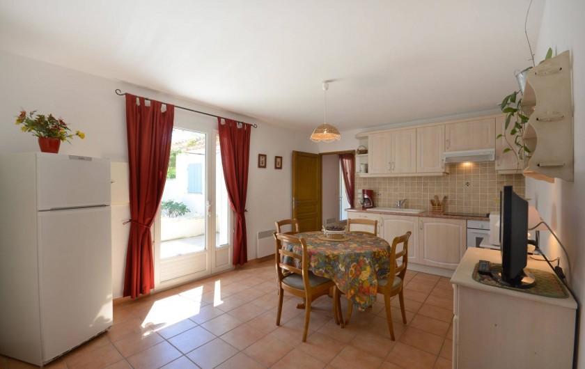 Location de vacances - Villa à Venasque - Gîte CERISE