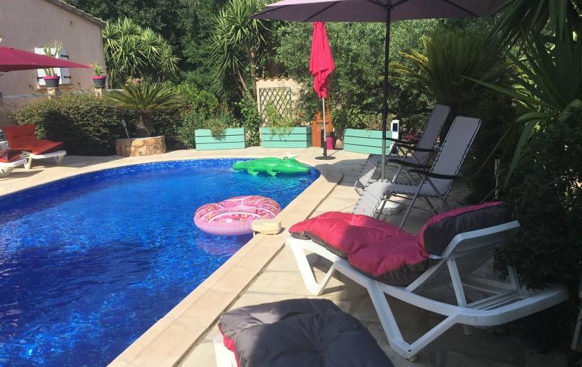 Location de vacances - Villa à Prunelli-di-Fiumorbo - piscine privée