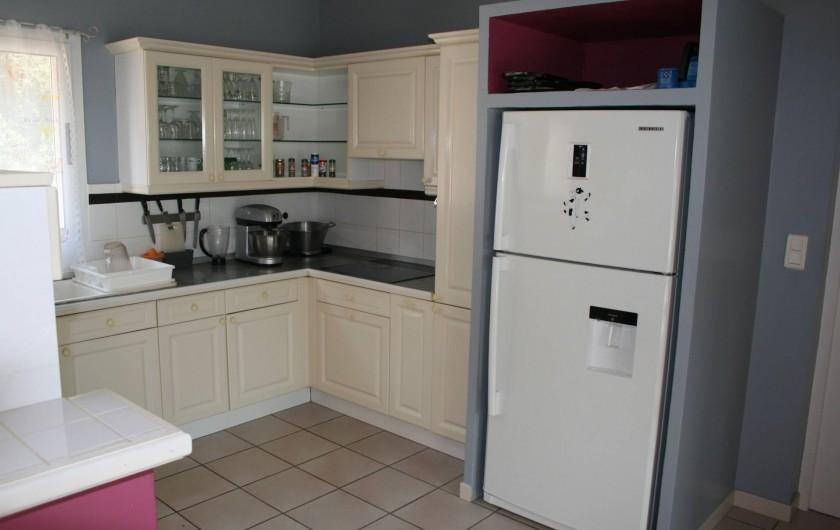 Location de vacances - Villa à Prunelli-di-Fiumorbo - cuisine droite