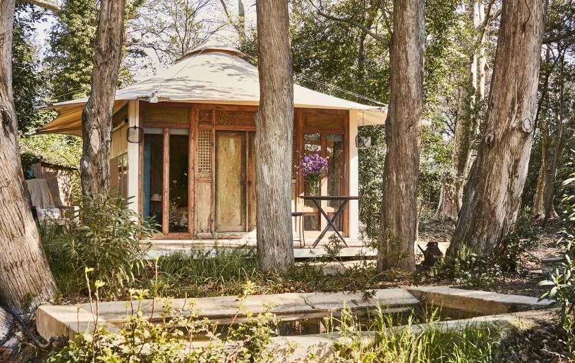 Location de vacances - Mas à Uchaux - Le lodge dans le parc