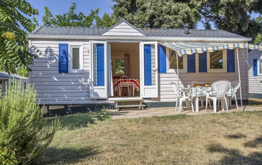 Location de vacances - Camping à Dolus-d'Oléron - Mobil Home Résidence – Formule 4