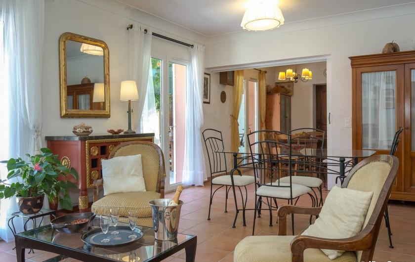 Location de vacances - Villa à Fayence - séjour