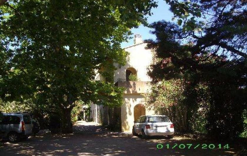 Location de vacances - Appartement à Isolaccio-Di-Fiumorbo - Etablissement thermal à 30 mètres de la maison