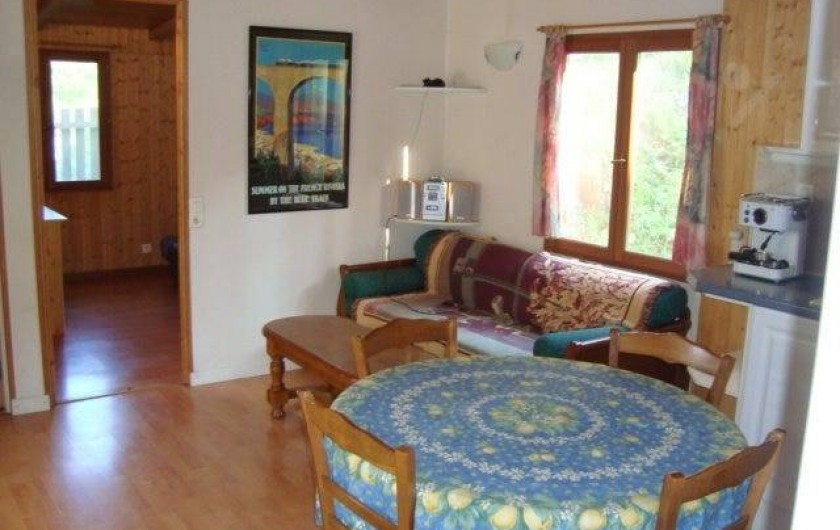 Location de vacances - Chalet à Sainte-Maxime - le salon - salle à manger