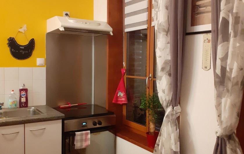 Location de vacances - Appartement à Saint-Valery-sur-Somme - vue de la cuisine