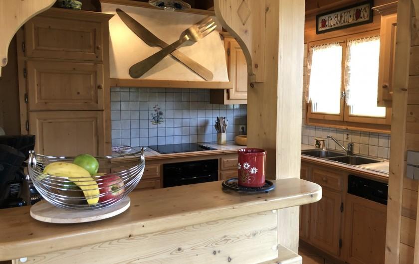 Location de vacances - Chalet à Les Gets - cuisine