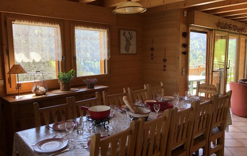 Location de vacances - Chalet à Les Gets - salle à manger