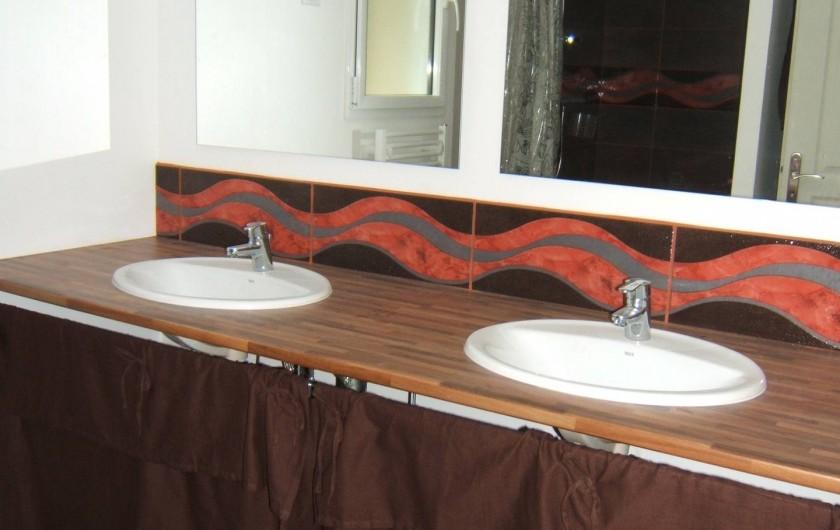 Location de vacances - Villa à Audierne - salle de bain étage