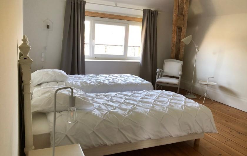 Location de vacances - Gîte à Tonnoy - la chambre 5 du 2ième étage et sa SDB privative