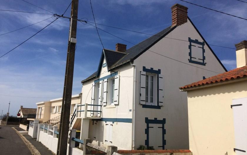 Location de vacances - Villa à Saint-Hilaire-de-Riez - Maison vue de la rue