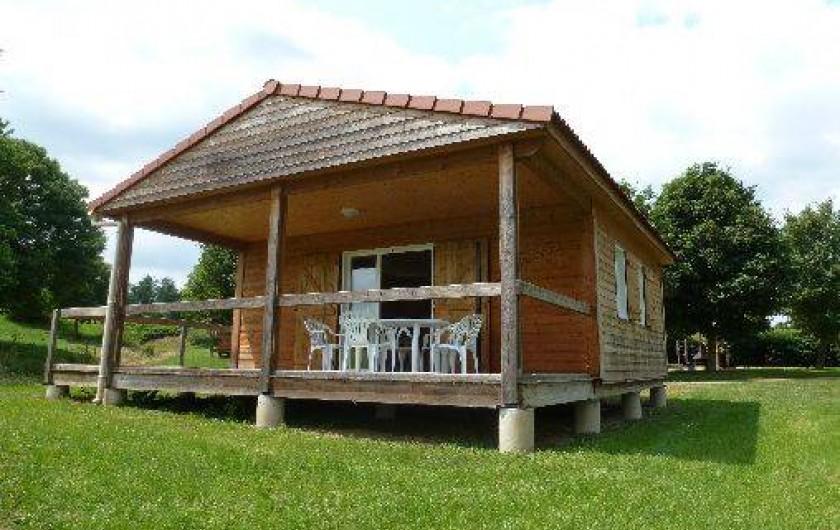 Location de vacances - Camping à Bellenaves - Chalets ouverts toute l'année