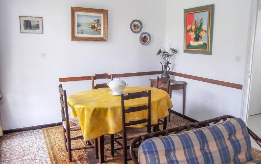 Location de vacances - Maison - Villa à Montcuq - Salon salle à manger 2