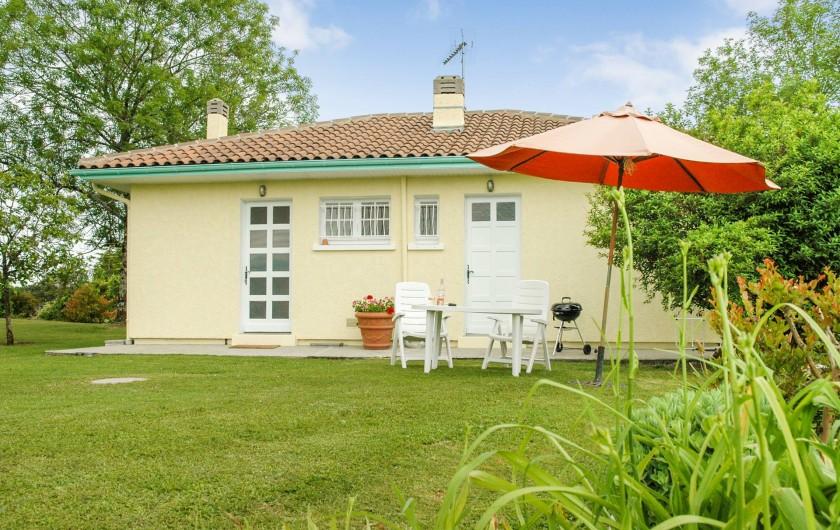 Location de vacances - Maison - Villa à Montcuq - Maison de plain pied - 4 personnes max - 2 chambres.