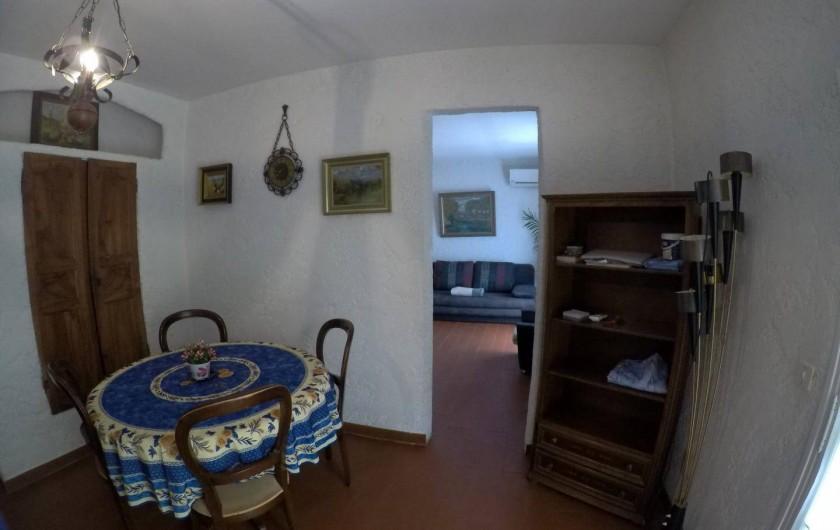 Location de vacances - Mas à Sainte-Maxime - salle à manger