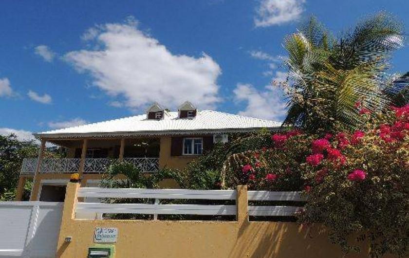 Location de vacances - Appartement à Le Gosier - La maison dans laquelle se situe l'appartement
