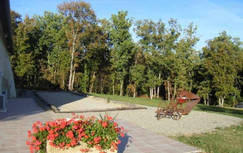 Location de vacances - Gîte à Caylus - gite la colonie terrain de pétanque