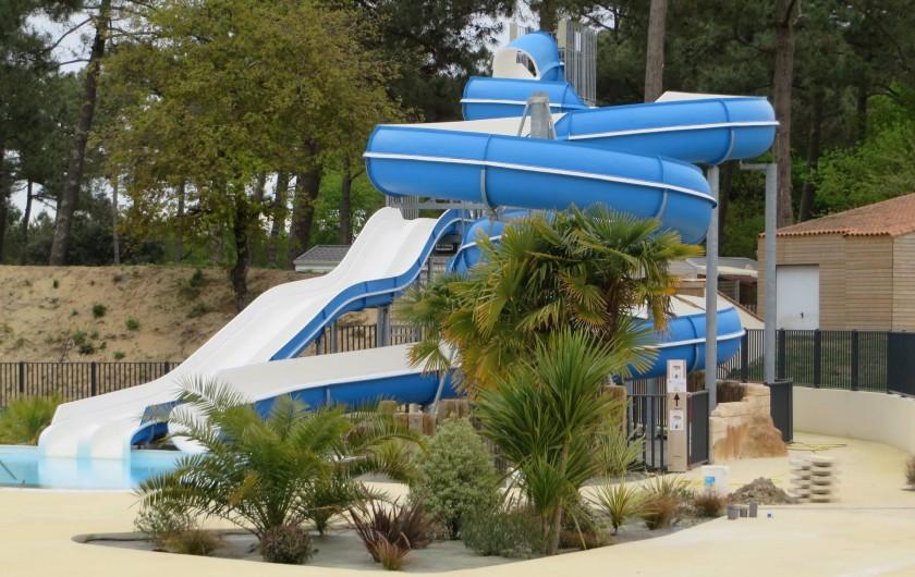 Location de vacances - Camping à La Palmyre - toboggan