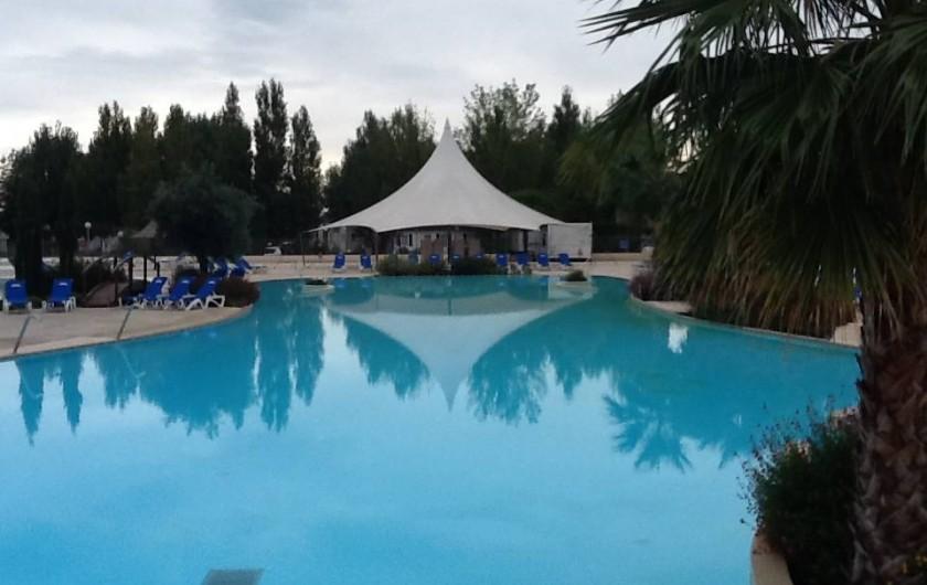 Location de vacances - Camping à Farinette Plage - piscine