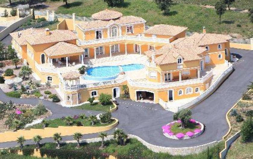 location villa les issambres var vue mer 180 roquebrune sur argens. Black Bedroom Furniture Sets. Home Design Ideas