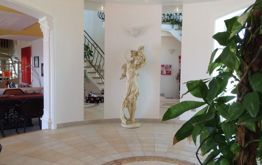 Location de vacances - Villa à Les Issambres - Tours d'entrée