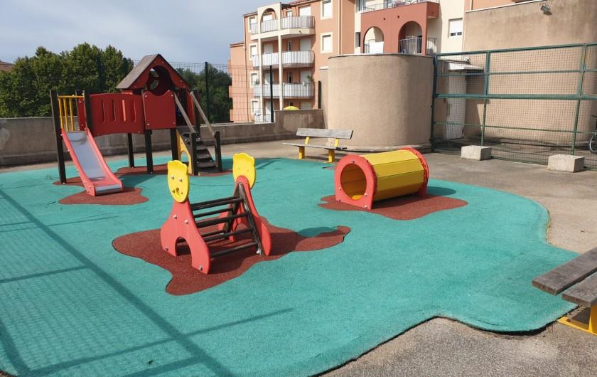 Location de vacances - Appartement à Fréjus - aire de jeu Le Lagon Bleu 2020