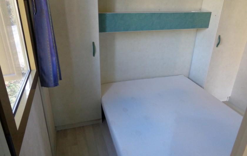 Location de vacances - Chalet à Belesta - chambre 1