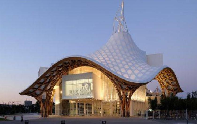 Location de vacances - Gîte à Metz - musée Pompidou Metz