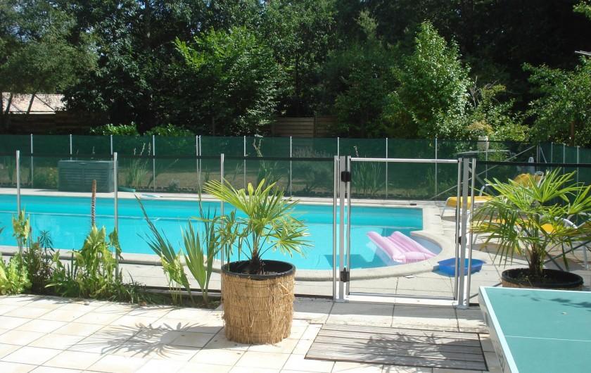 Location de vacances - Villa à Seignosse - piscine : entrée sécurisée
