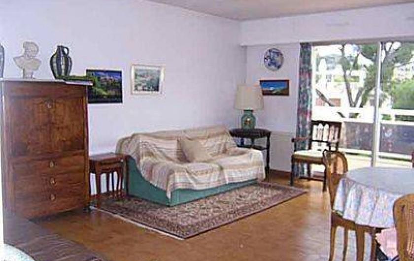 Location de vacances - Appartement à Cassis - Salon / salle à manger