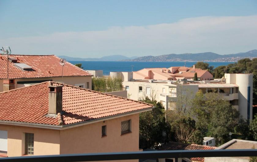 Location de vacances - Appartement à Saint-Raphaël - VUE DE LA TERRASSE