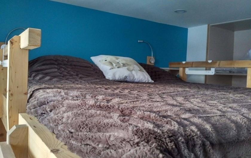 Location de vacances - Appartement à Les Deux Alpes - Chambre avec double lit 160 superposé avec balcon coté sud