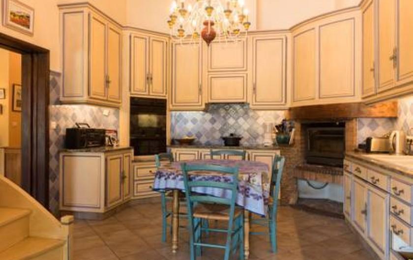 Location de vacances - Villa à La Cadière-d'Azur - cuisine 1