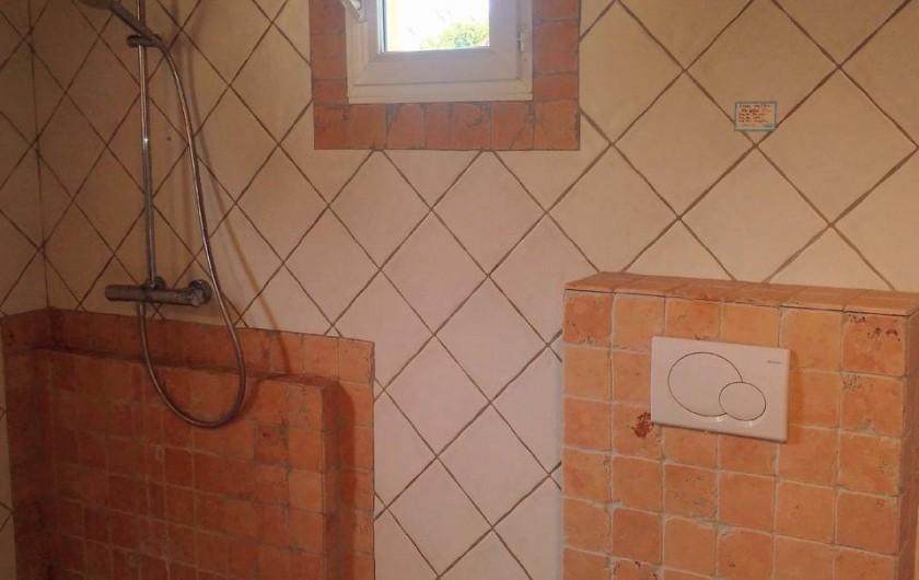 Location de vacances - Villa à La Cadière-d'Azur - Pool house douche WC