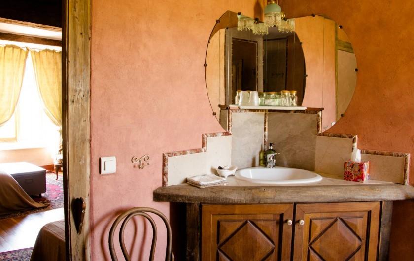 Location de vacances - Chambre d'hôtes à Gigny - Chambre Mésanges,   salle de douche