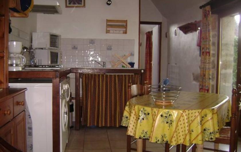 Location de vacances - Gîte à Gramat - Cuisine gîte Sarriette