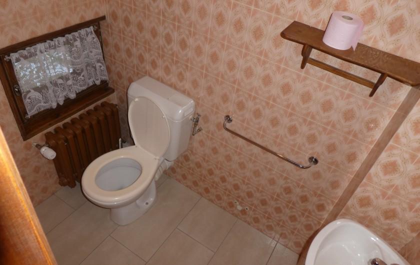 Location de vacances - Chalet à Bellevaux - Toilette  étage
