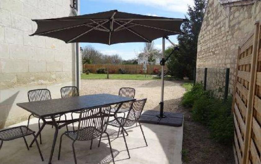 Location de vacances - Gîte à Avoine - Terrasse