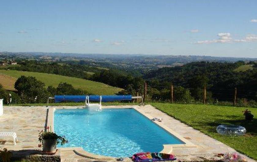 Gite de charme avec piscine saint julien de toursac for Auvergne gites avec piscine
