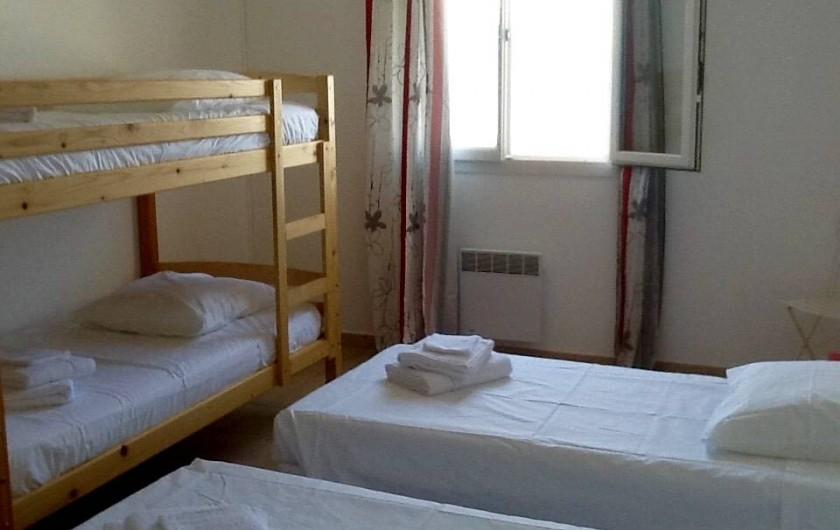 Location de vacances - Villa à Pietrosella - chambre enfants