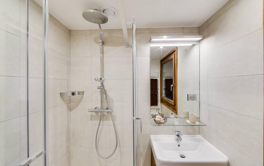 Location de vacances - Appartement à Val-d'Isère - Salle de bains 2